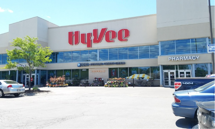 Shred Vault Kiosk Hy-Vee South Central Omaha Outdoor View