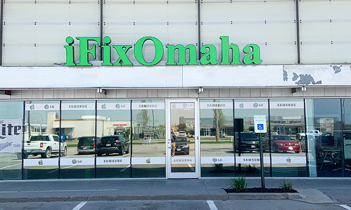 Shred Vault Kiosk iFixOmaha Papillion Outdoor View